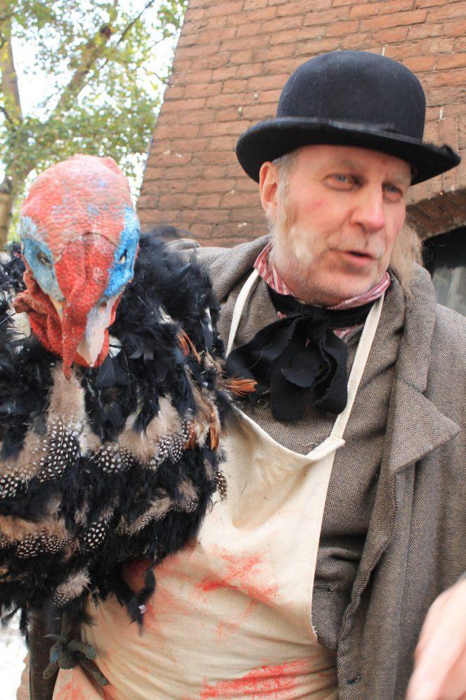 Cold Turkey Kerst straattheater act - El Capstok