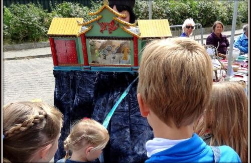 Chinees poppentheatertje poort van de draak